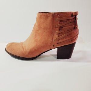 Indigo Rd Camel Faux Suede Cuban Ankle Boots (10)